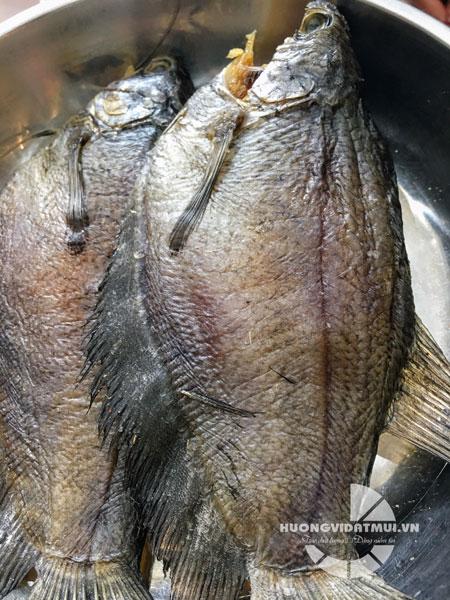 Khô cá sặc bổi U Minh